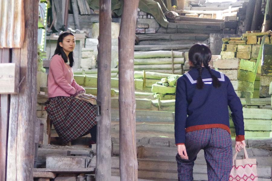 この日、15歳のヒロイン・喜美子が、幼なじみの熊谷照子(大島優子)の実家「丸熊陶業」にやってくるシーンを撮影
