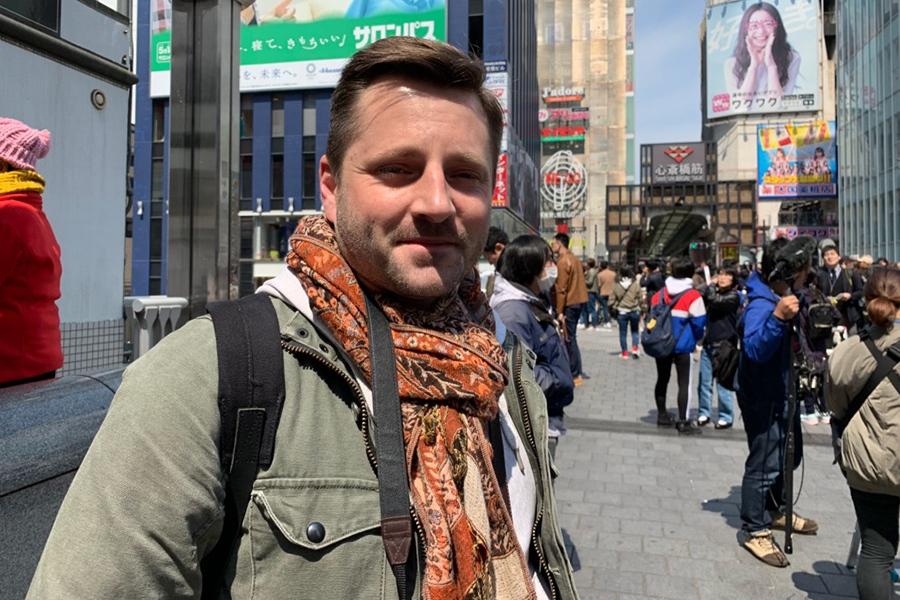 フランスから観光で大阪・道頓堀を訪れたトーマスさん(1日・大阪市内)