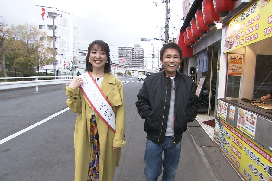元読売テレビアナウンサーで現在はフリーで活躍する川田裕美が大阪に凱旋(左から川田裕美、浜田雅功) 写真提供:MBS