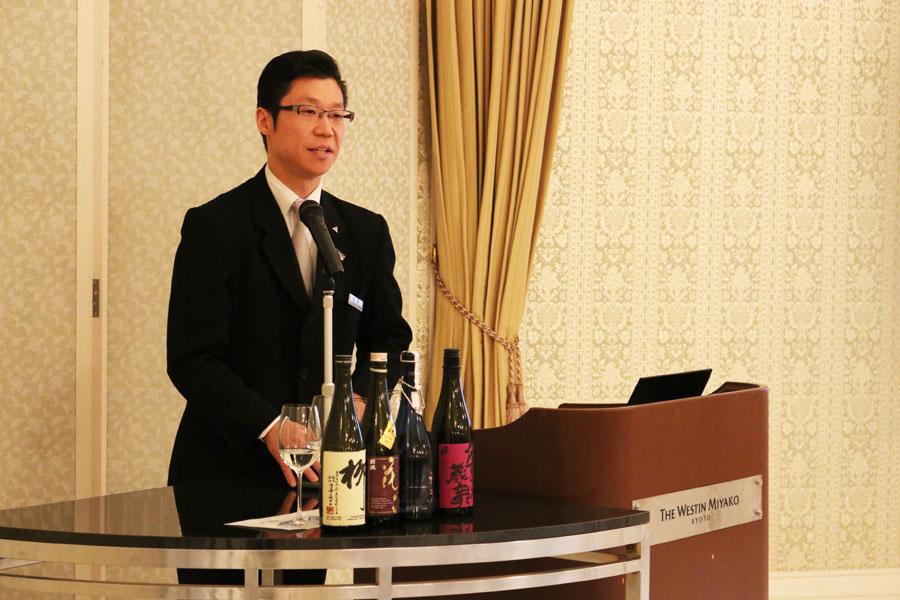ホテル唎酒師による日本酒セミナー(14:10~14:50)1人1500円 ※要予約