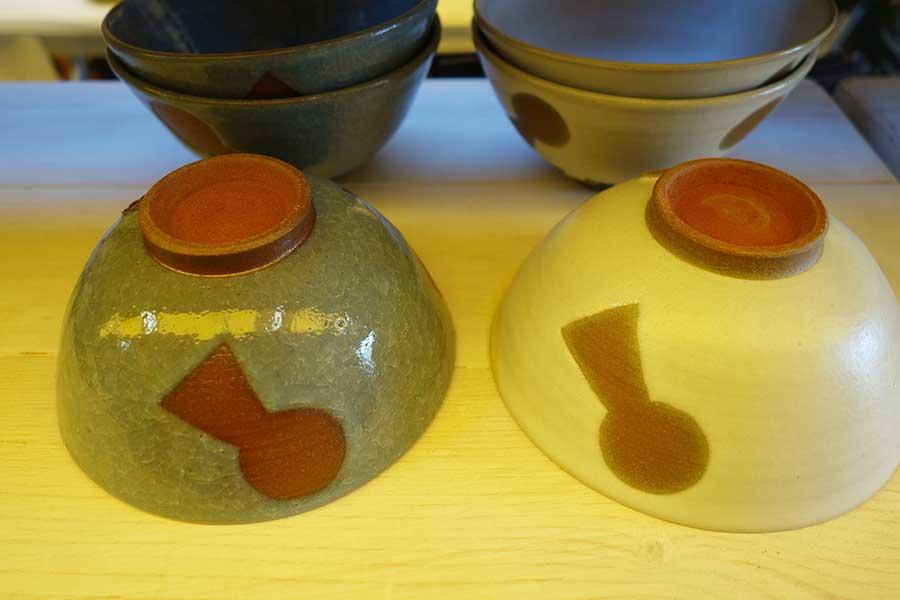 奈良の「こめがま」による、古墳柄のお茶碗2000円