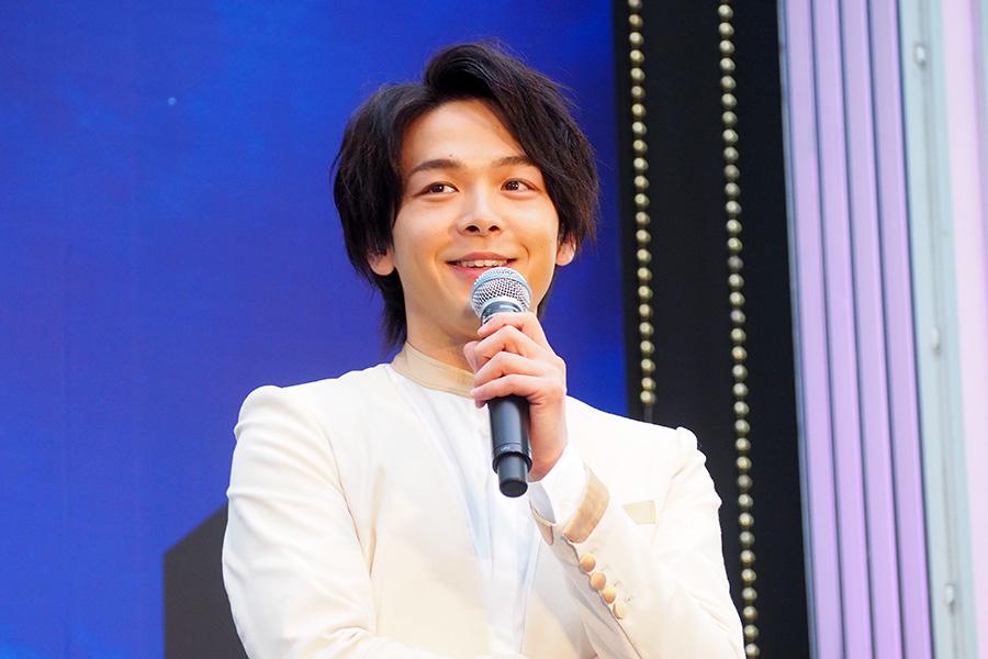 映画『アラジン』の大阪イベントに登場した中村倫也(27日・大阪市内)