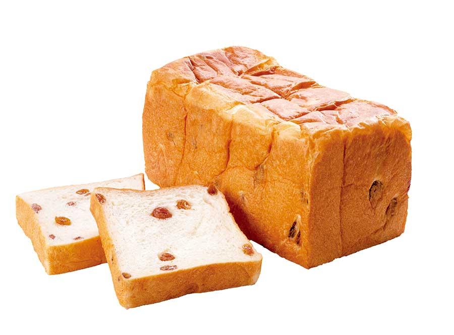 ミルキー感と甘みを重視した生地のレーズン食パン