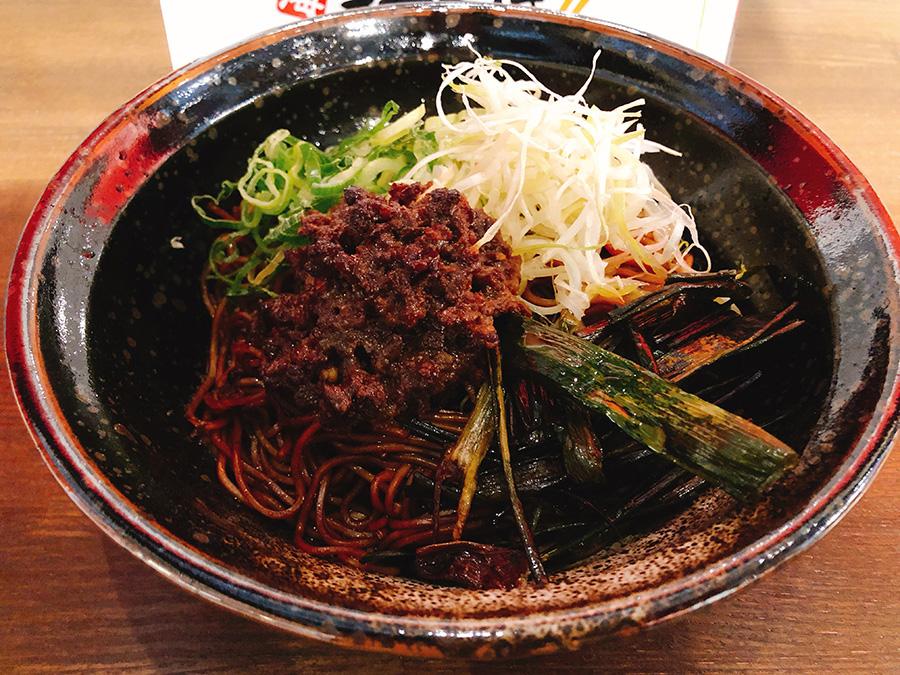 「上海まぜそば拌麺888」の上海まぜそば680円