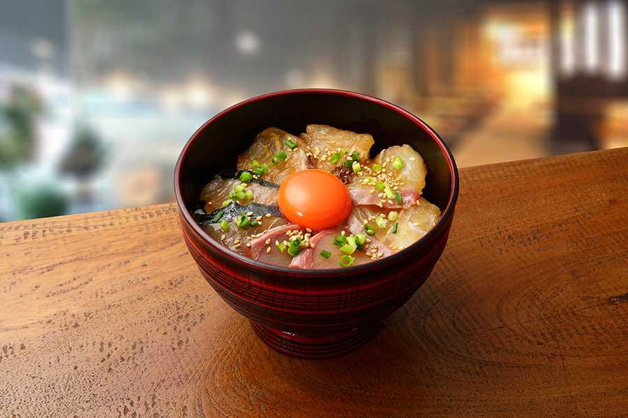 「いけす割烹 平家」の4種を盛り合わせたりゅうきゅう丼は京都高島屋限定。吸い物、漬物付きで1620円