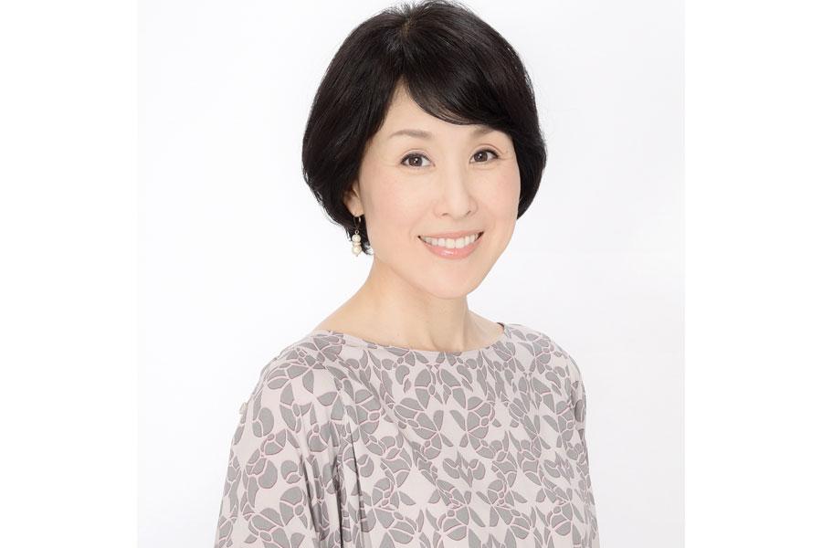 連続テレビ小説『スカーレット』(NHK)で劇中の語りを担当する中條誠子アナウンサー