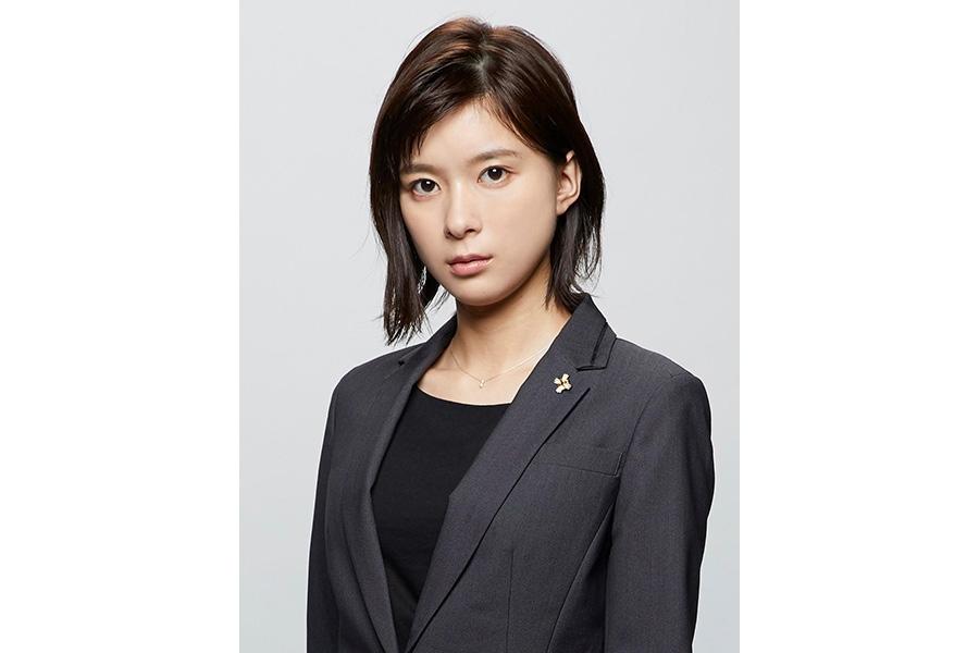 7月期の新連続ドラマ『TWO WEEKS』で検事を演じる芳根京子