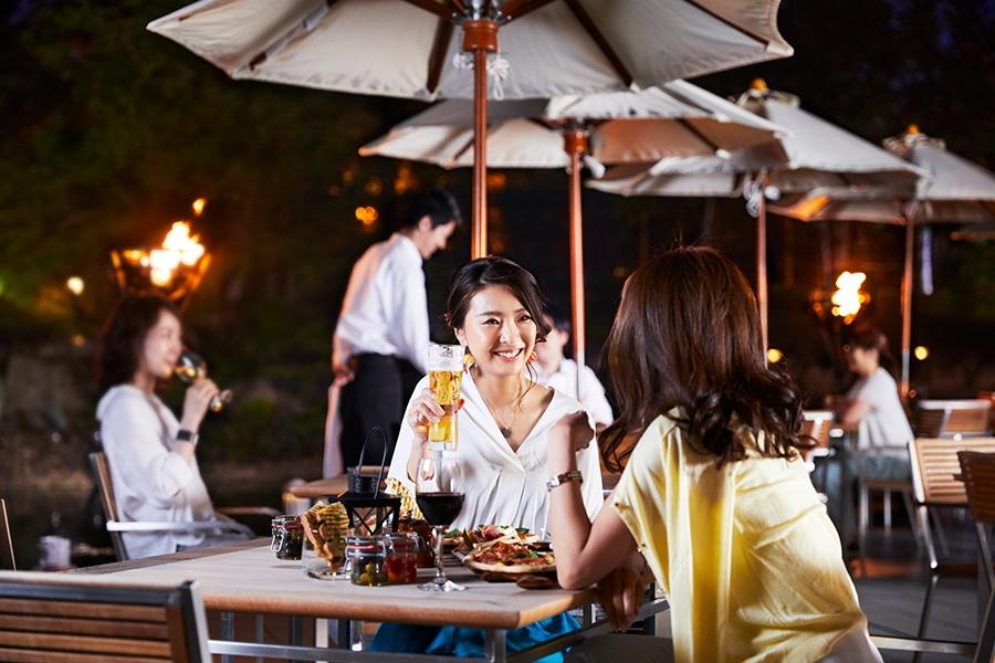 コンセプトとなったイタリアの食習慣「アペリティーボ」は、ディナー前に友人と集まり、軽食やお酒を楽しむというもの