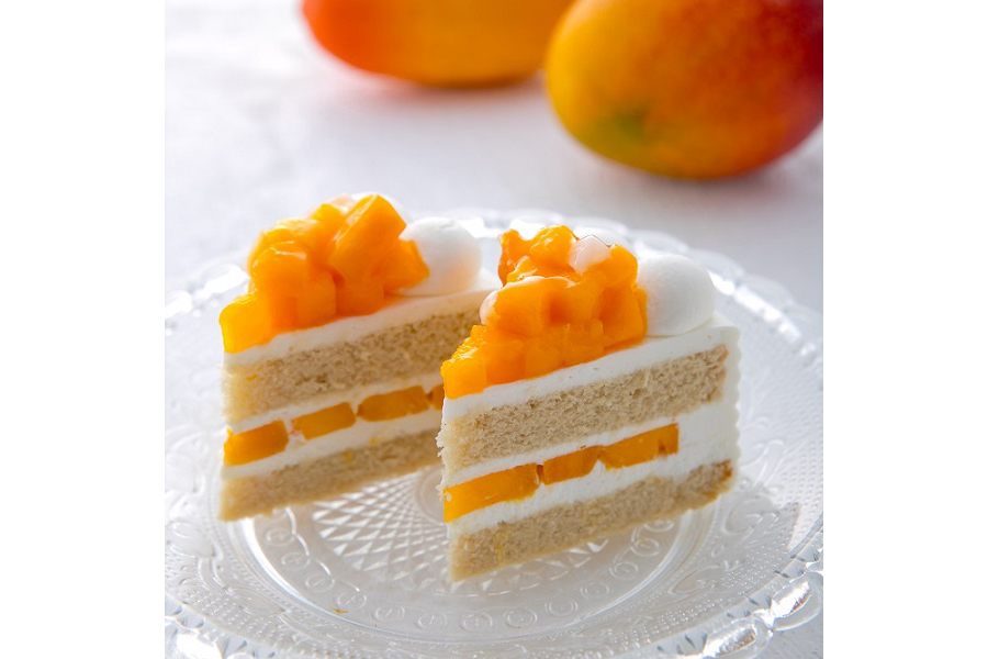 通常時は1カット3800円にて販売されている「エクストラスーパーマンゴーショートケーキ」が、ブッフェサイズになって登場