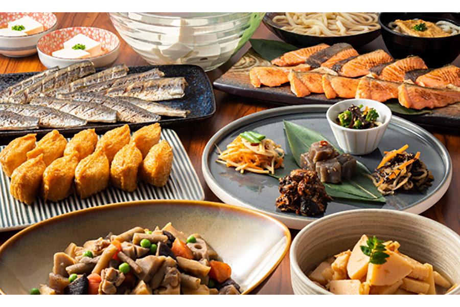 併設レストランの朝食ビュッフェには、焼き魚など和食の人気メニューが豊富に揃う
