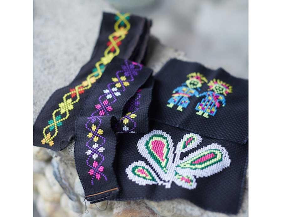 東部に暮らす原住民・パイワン族による刺繍