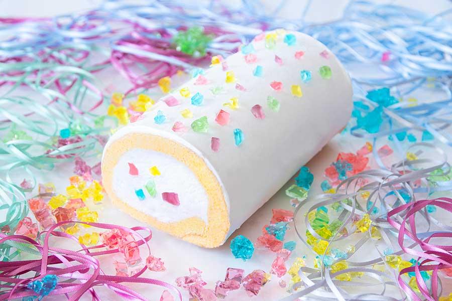 9歳の男子児童が考えた「ジュエリーロールケーキ」は6月26日までの限定商品