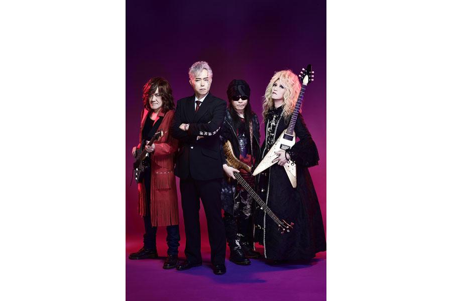 筋肉少女帯のメンバー。左からギター・本城聡章、ボーカル・大槻ケンヂ、ベース・内田雄一郎、ギター・橘高文彦