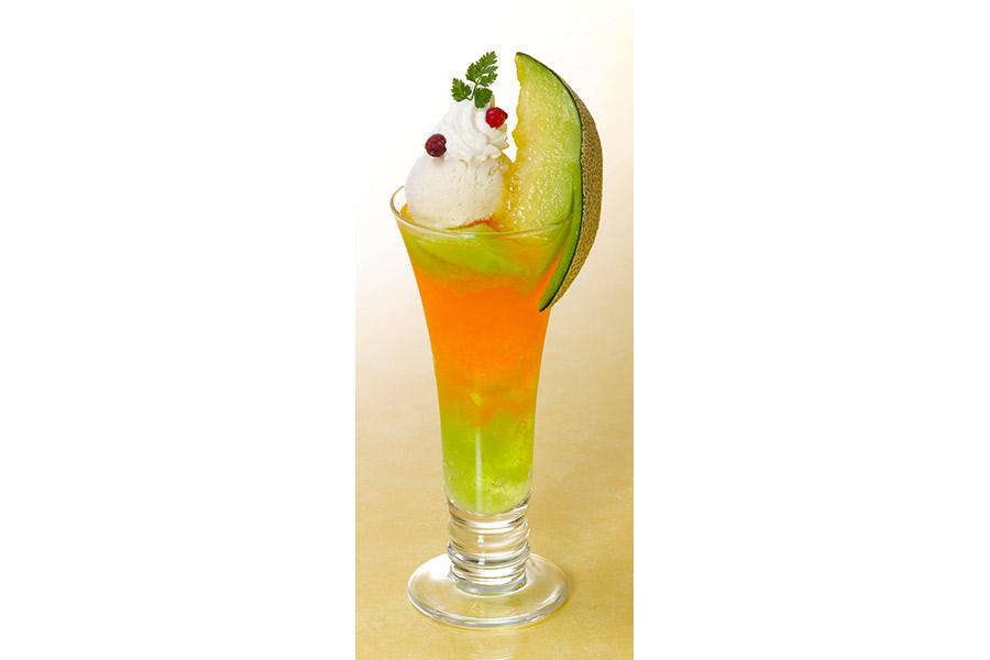 「メロングラデーションクリームソーダ」(780円・税別)