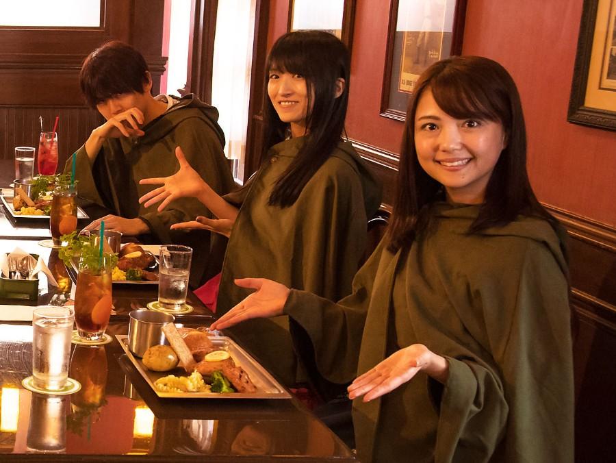 レストラン『フィネガンズ・バー&グリル』で再現された調査兵団の食事をイメージしたメニューにジャガイモが含まれ、「小林ゆうさん(サシャ役)とも一緒に来たかったです」と石川