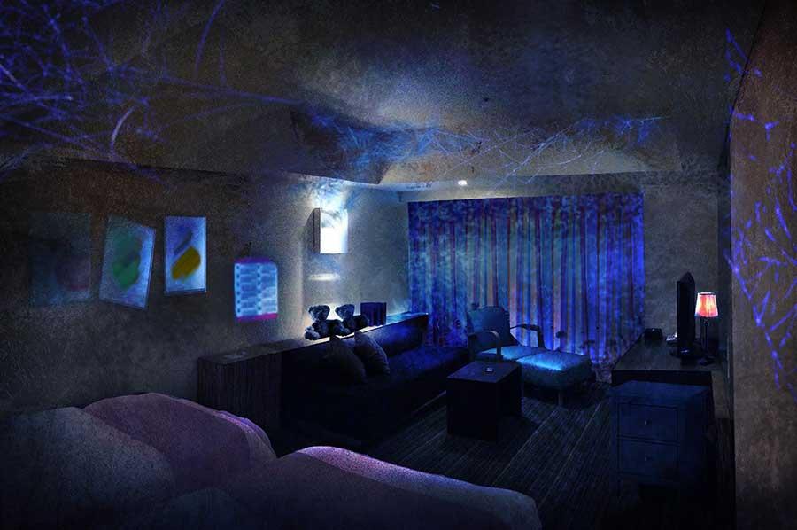 少女がかつて住んでいた部屋をイメージしたディスプレイ