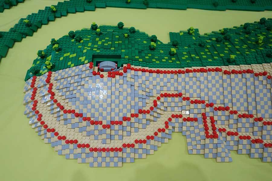 大阪大学阪大レゴ部による古墳ブロックの展示も