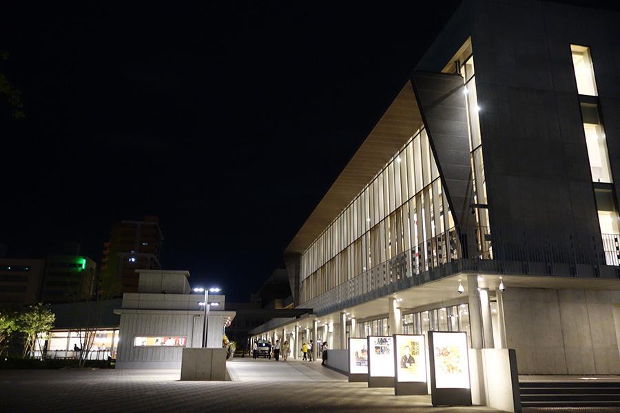 『「百舌鳥・古市古墳群」世界遺産委員会 パブリックビューイング』が開催されていたフェニーチェ堺