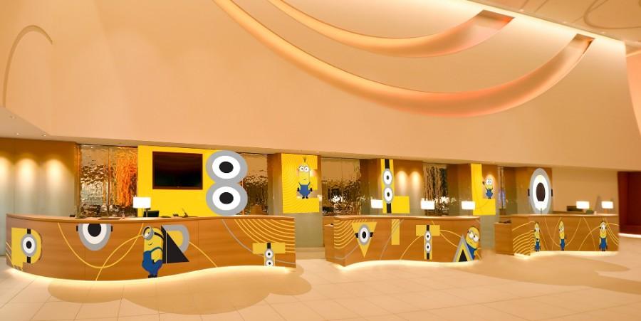 「ベローミニオンズ!ロビーデコレーション」2階フロントカウンターのイメージ