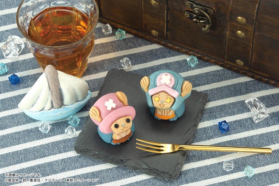 左から、「食べマス ONE PIECEチョッパー」と「食べマス ONE PIECEチョッパー キラキラ目Ver.」(各258円・税別)