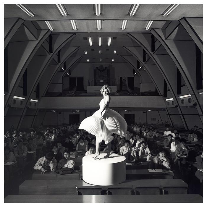 森村泰昌《セルフポートレイト 駒場のマリリン》 1995/2008年 ゼラチン・シルバー・プリント 豊田市美術館蔵