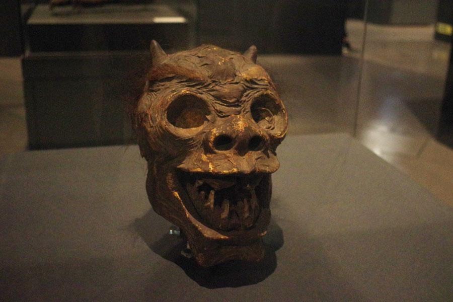 鬼の首 1800年〜1829年制作 ライデン国立民族学博物館蔵