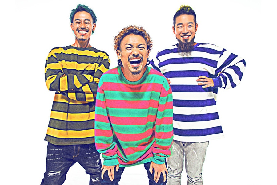 WANIMA(左からKO−SHIN、KENTA、FUJI)