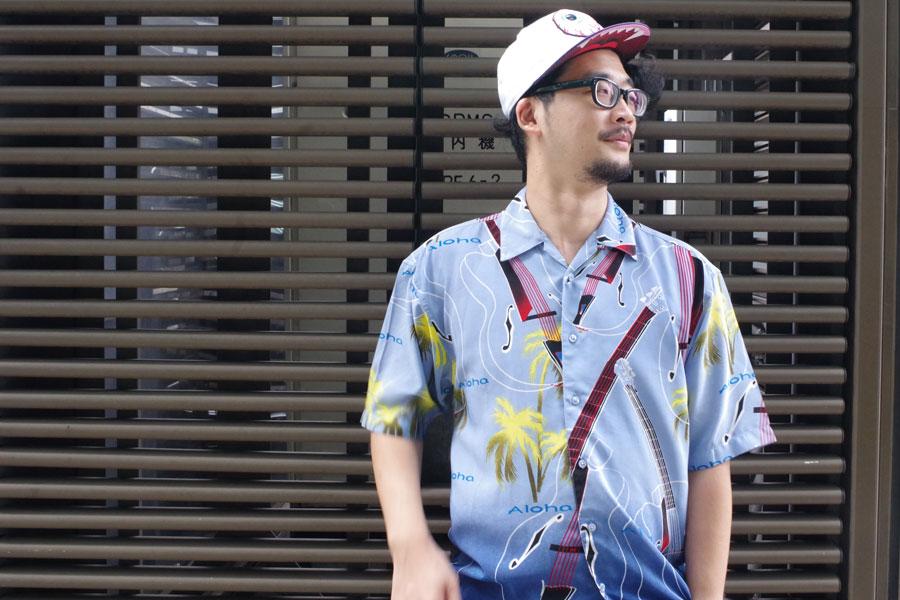 脚本・演出を手掛け、俳優として舞台にも上がる主宰の益山貴司
