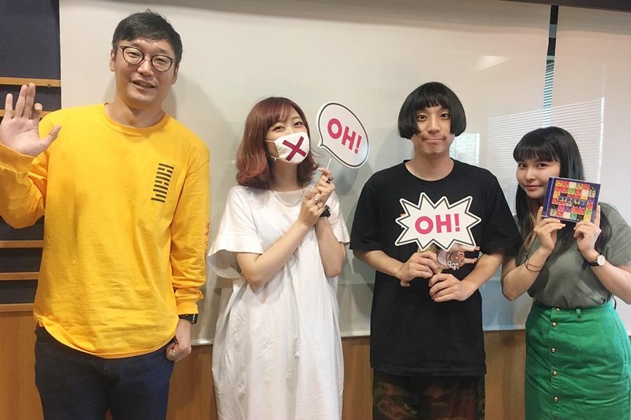 左から、DJの遠藤淳、魔法少女になり隊(火寺バジル、gari)、DJの坂口有望(12日・大阪市内)
