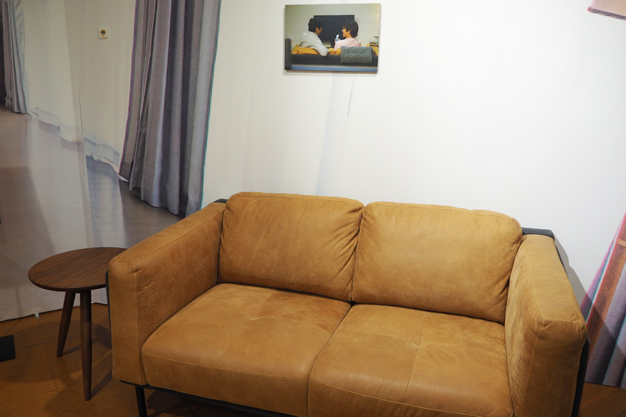 実際に座ることができるシロさん&ケンジのソファ