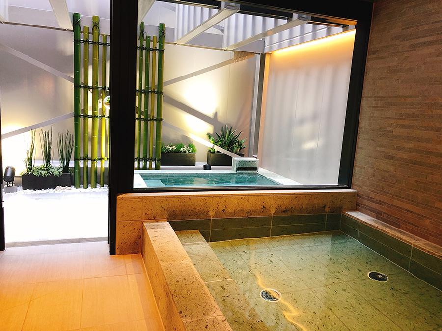 17階の大浴場には露天風呂もある