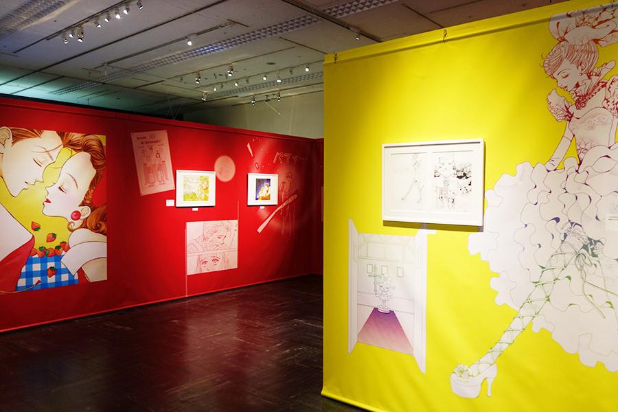 矢沢あいのコーナーでは『天使なんかじゃない』『ご近所物語』を展示。Ⓒ矢沢漫画制作所/集英社