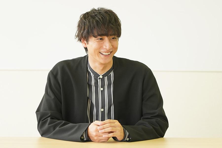 カンテレで記者会見をおこなった俳優・小関裕太(23日・大阪市内)