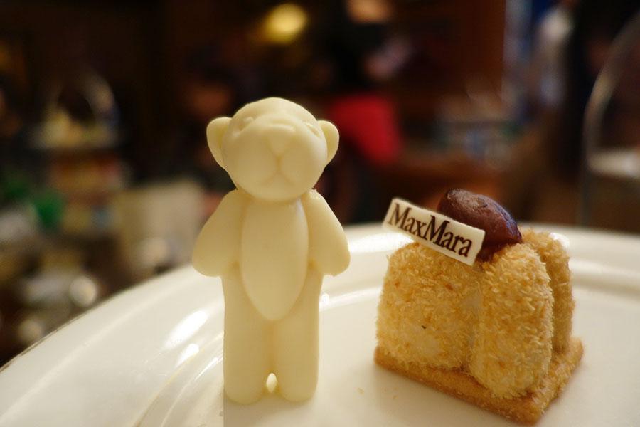チョコレートテディベア、クマの質感をイメージしたマロンムース