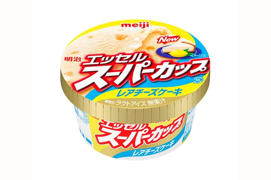 「明治 エッセルスーパーカップ レアチーズケーキ」(140円・税別)