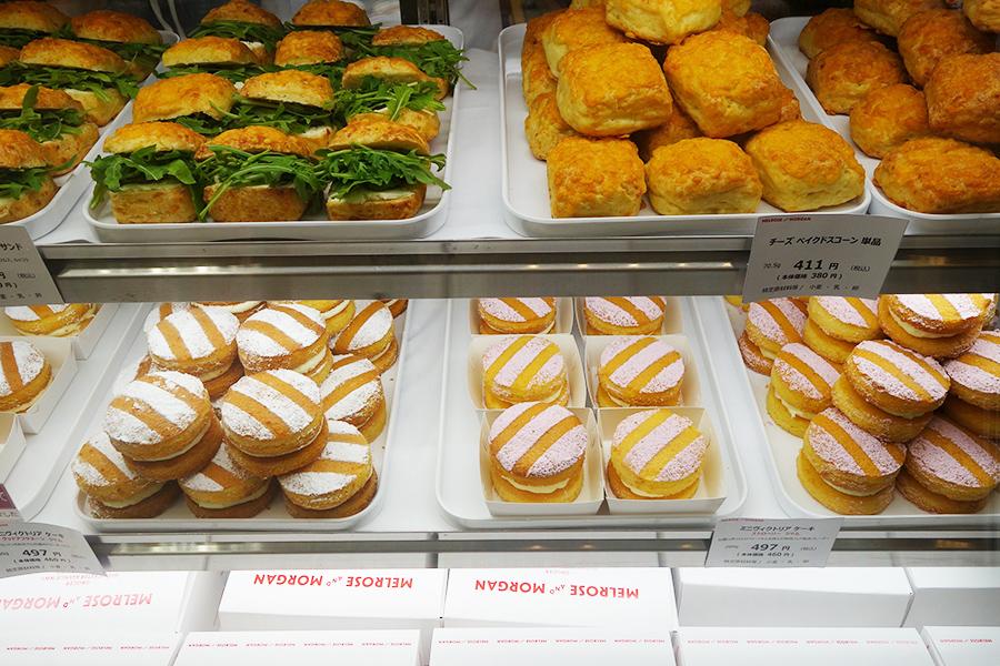 プリムローズヒルのデリかテッセン「メルローズヒル」では、ミニヴィクトリアケーキ497円などを販売