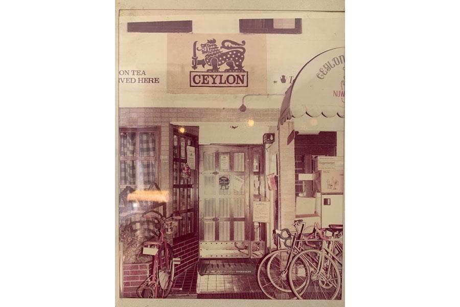 1952年にオープンした初代ムジカ。写真は1980〜90年当時の様子 提供:MUSICA TEA