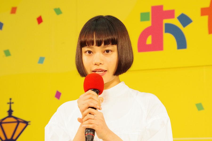「こんなに感動的な瞬間ってあるんだって、今すごく噛み締めています」と心境を話した杉咲花(10月30日・NHK大阪放送局)