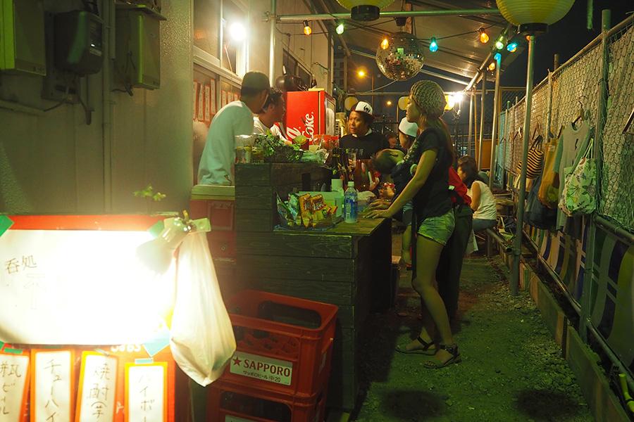 「堺ファンダンゴ」前に突如現れた屋台居酒屋「不安呑権(ふあんどんごん)」(不定期開店)