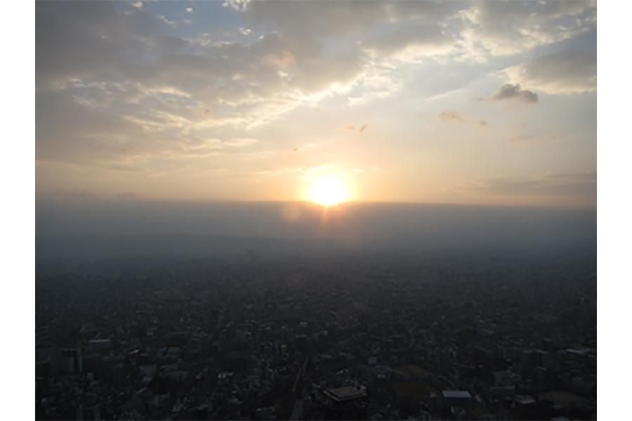展望台「ハルカス300」からの初日の出イメージ