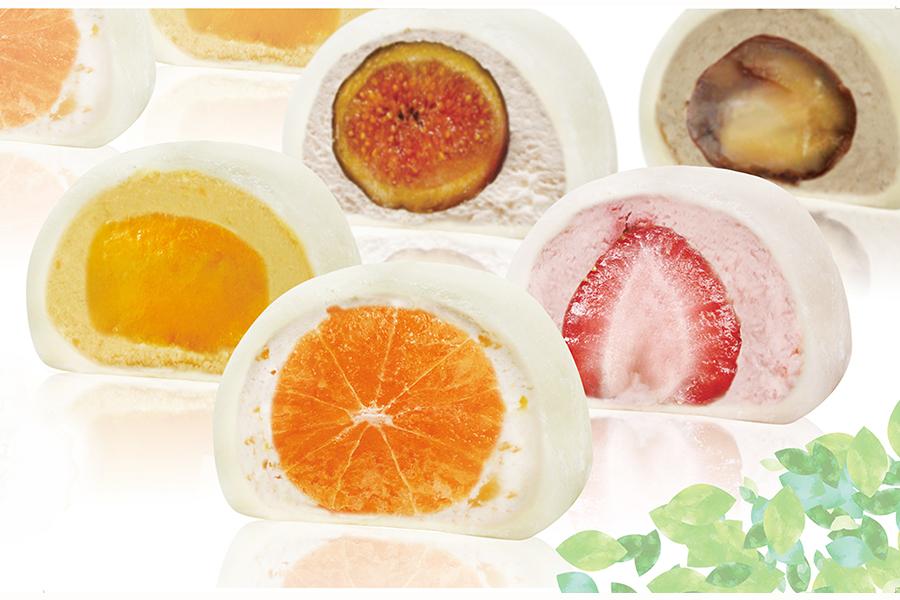 アイスとフルーツを組み合わせた不思議な大福を販売する「モチクリーム プラス」