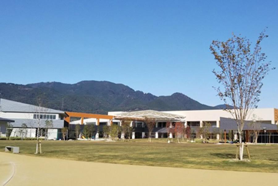公園のなかにオープンする商業施設「ブランチ大津京」