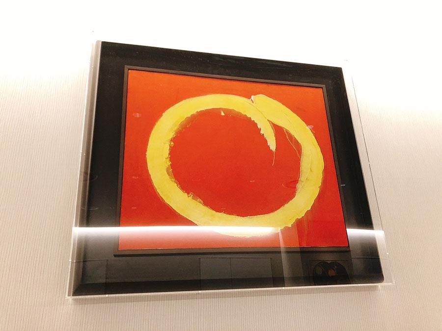 具体美術協会を率いた吉原治良の作品は3階に