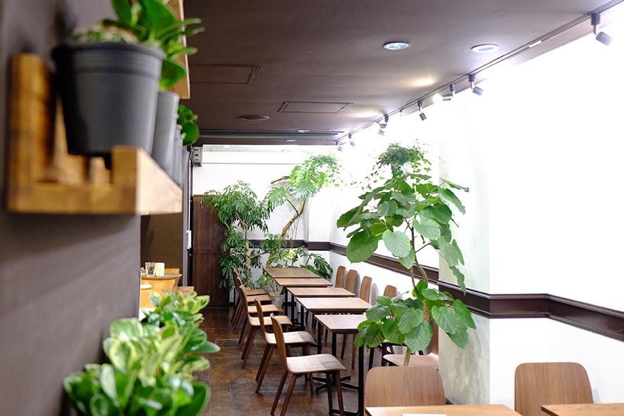 パフェ4種、ドリンクは人気のコーヒー専門店「Okaffe Kyoto」など5種