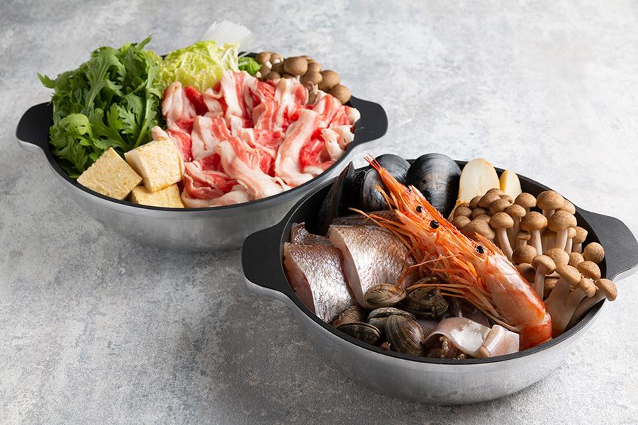 鍋プランは牛すき鍋か、トマトベースの洋風魚介鍋の2種から選べる