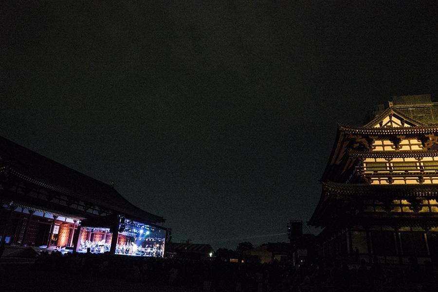 世界遺産「薬師寺」でおこなわれれた『モータウンオーケストラコンサート』(3日・奈良市内)