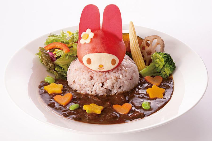 まるごとマイメロ?トマトの欧風カレー1490円
