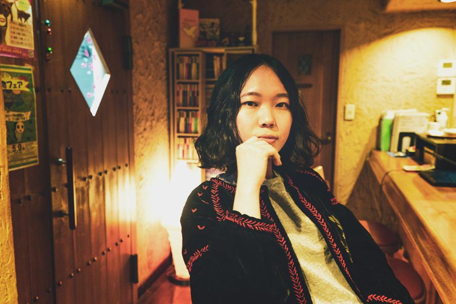 生活の機敏を美しくも不思議な響きのメロディで歌うシンガーソングライター・大石晴子