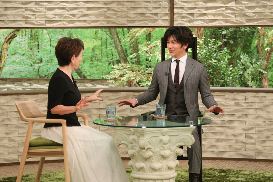 阿川佐和子とトークする武田真治(写真提供:MBS)