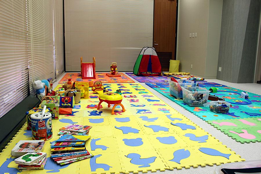 『正倉院展』の期間だけ設置される「無料託児室」